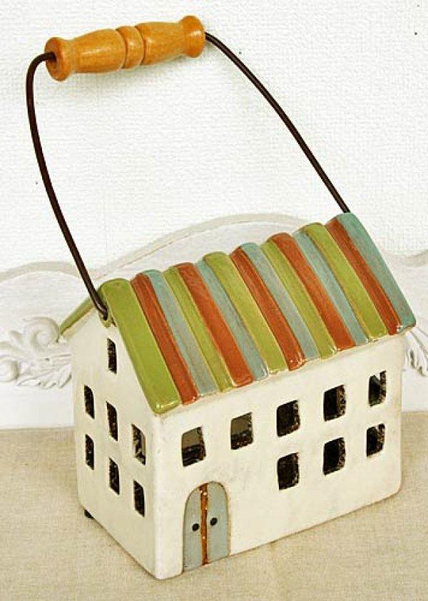 画像1: 輸入雑貨 キャンドルハウス カンテラハウス 陶器 置物 オブジェ 家 ミニチュア ハンドメイド カントリー ナチュラル アンティーク風 しましま屋根 2階建て 取っ手付 29205 (1)