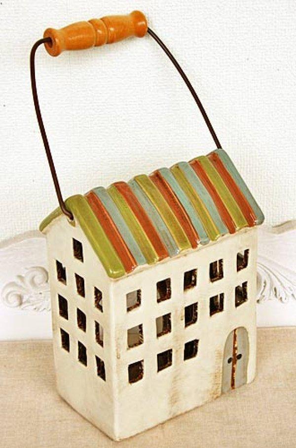 画像1: 輸入雑貨 キャンドルハウス カンテラハウス 陶器 置物 オブジェ 家 ミニチュア ハンドメイド カントリー ナチュラル アンティーク風 しましま屋根 3階建て 取っ手付 29206 (1)