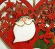 画像2: クリスマス 輸入雑貨 サンタクロース 壁飾り ハート 木製 木彫り 透かし オーナメント 壁掛け 赤 ツリー リース ナチュラル LHK-0281 (2)