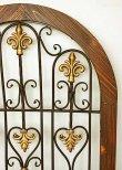 画像3: 輸入家具 壁掛け パネル ウォールデコレーション アーチ窓 アイアン 木製 アンティーク風 フレンチ シャビーシック 60×80cm 350013  (3)