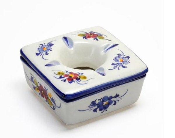 画像1: ポルトガル製 輸入雑貨 直輸入 陶器 灰皿 フタ付き 角型 花柄 ホワイト ブルー 手描き アルコバサ 11cm PFA-631W (1)