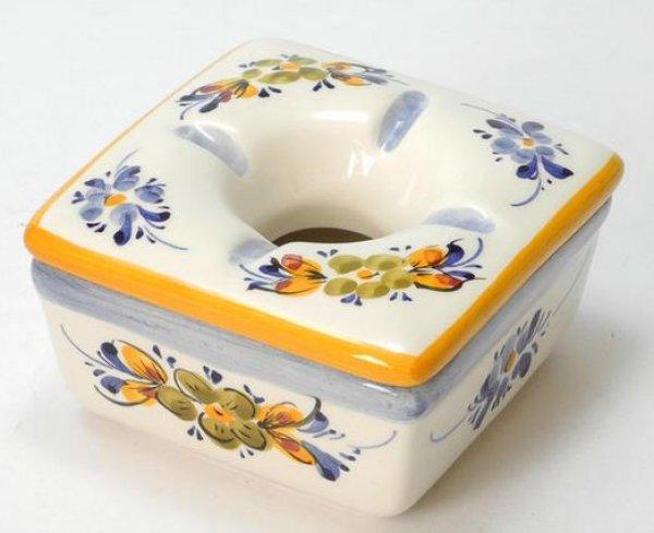 画像1: ポルトガル製 輸入雑貨 直輸入 陶器 灰皿 フタ付き 角型 花柄 ホワイト イエロー 手描き アルコバサ 11cm PFA-631Y (1)