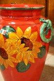 画像2: イタリア製 輸入雑貨 直輸入 陶器 傘立て 大花瓶 手描き ひまわり 赤 ヒマワリ サンフラワー レッド Ilponte イルポンテ 93-45-1295 送料無料 (2)