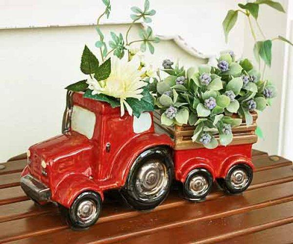 画像1: 輸入雑貨 フラワーポット 陶器 トラクター トラック 赤 プランター フラワーベース 鉢カバー ジブリ風 カントリー ナチュラル ガーデン 29264 (1)