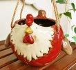 画像4: 輸入雑貨 ハンギングポット 陶器 ニワトリ 赤 フラワーポット プランター 鉢カバー ガーデニング アンティーク風 29271 (4)